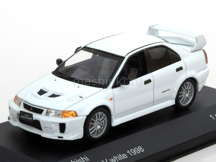 WB216 14+ WHITEBOX WHITEBOX 1/43 MITSUBISHI Lancer EVO V 1998 white